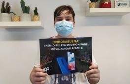 ¡¡Nuestro alumno Andreu Belzunce ha ganado un MÓVIL XIAOMI en la Ruleta Emotion Padel!