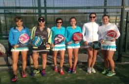 Padel Vilanova Femenino B vence al Club Tenis La Salut B por el resultado de 3/0.