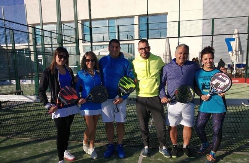El Club Padel Vilanova Mixto 3ª se proclama Campeón de su grupo tras vencer por 3-0 al Club Tenis Vilafranca