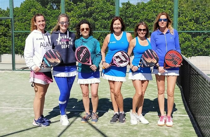 Derrota del Club Padel Vilanova Padelcat Femenino B por 1-2 frente al Cunit Femenino