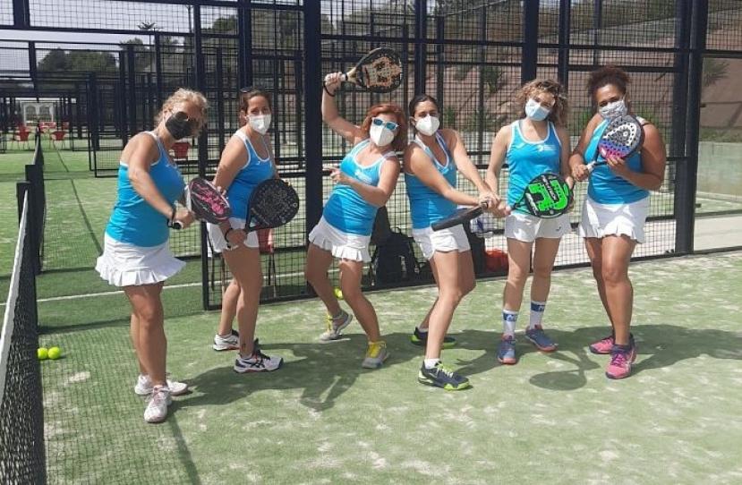 Derrota del Club Padel Vilanova Federado Femenino D por 3-0 contra el Sant Just Padel B